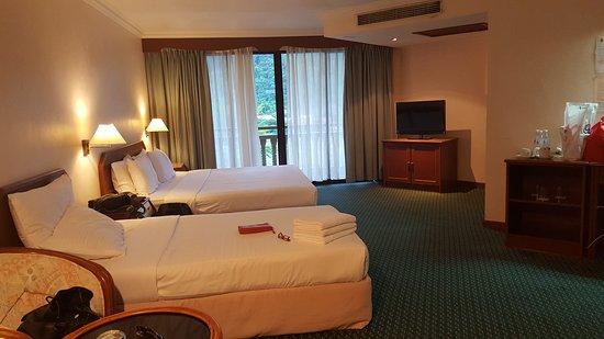 Coral Bay Resort, Pangkor: 20161112_171427_large.jpg