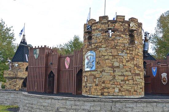 Carbondale, IL: The castle