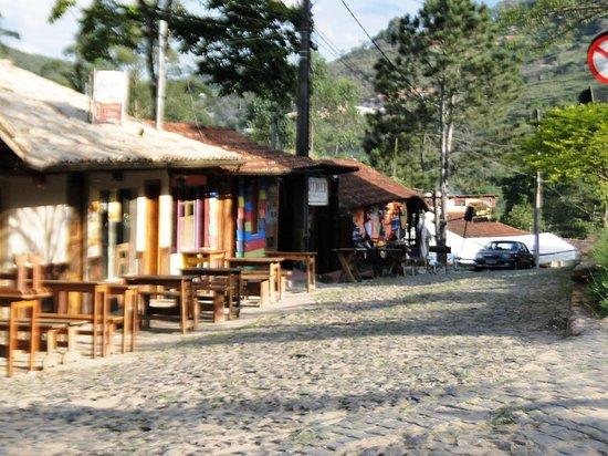 Conceição de Ibitipoca, lugar aconchegante, com bares , cerveja artesanal. muito bom - Foto de Parque Estadual De Ibitipoca, Conceição da Ibitipoca - Tripadvisor