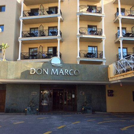 Sol Don Marco: Entrée de l'hôtel