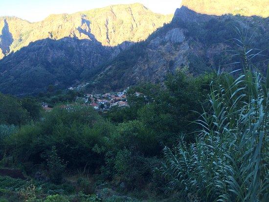 Valley of the Nuns: Matkan varrelta
