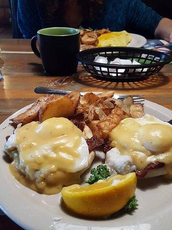 Hernando, FL: eggs Benedict ...Yum