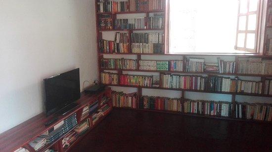Chez Nono - La Rhum Riz : Biblioteca