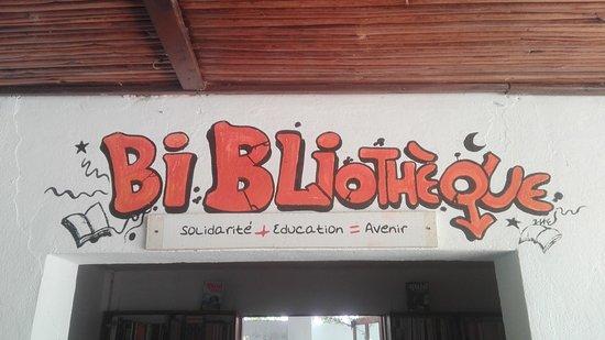 Chez Nono - La Rhum Riz : Ingresso biblioteca