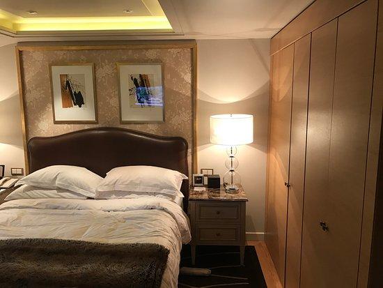 Four Seasons Hotel des Bergues Geneva: photo8.jpg