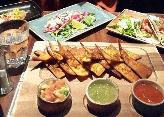 Middag picture of maya bar grill helsinki tripadvisor for Kiila food bar 00100 kalevankatu 1 helsinki suomi