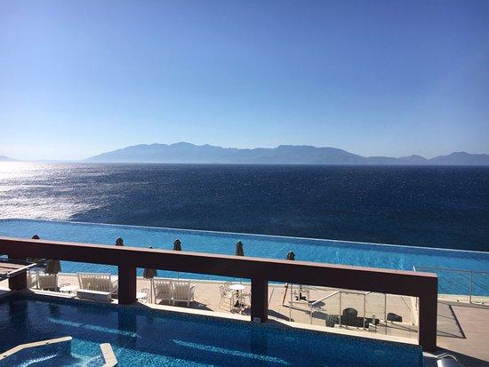 Michelangelo Resort and Spa Photo