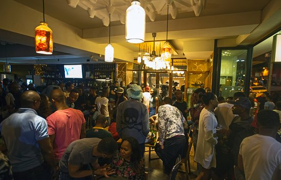 The Bannister Hotel: The bar gets busy on Friday and Saturday