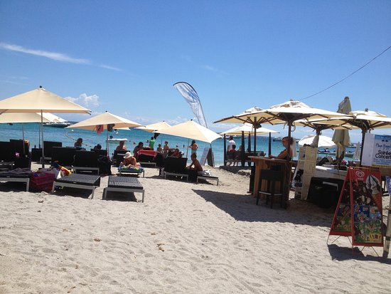 plage et transat photo de restaurant playa baggia porto. Black Bedroom Furniture Sets. Home Design Ideas