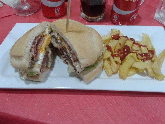 El Rincon de Alejandro: Espectacular hamburguesa doble o especial