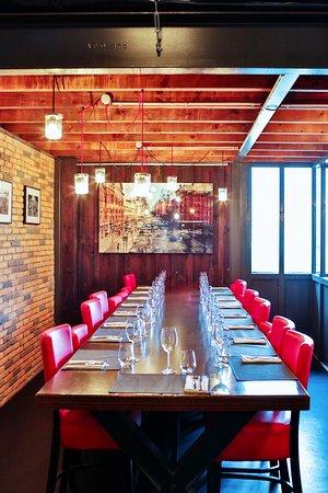 restaurant no name dans bordeaux avec cuisine brasserie gastronomique. Black Bedroom Furniture Sets. Home Design Ideas