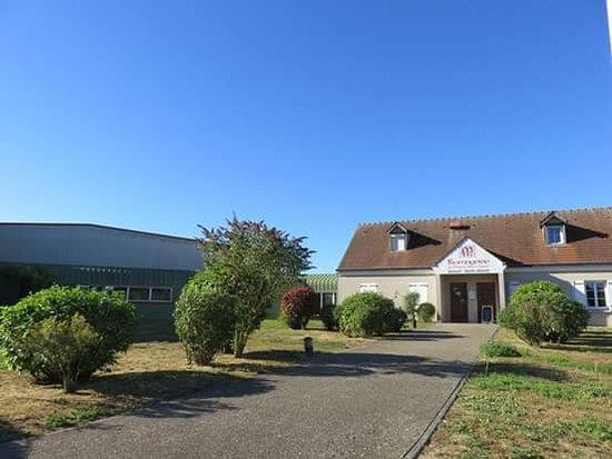 Meaux, France: Fromagerie Saint Faron