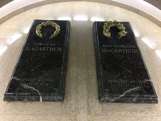 MacArthur Memorial: photo2.jpg