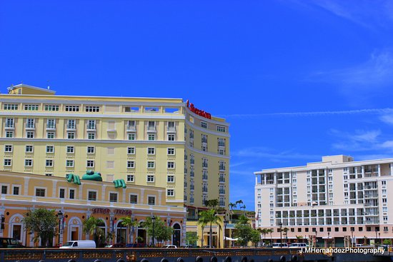 Sheraton Old San Juan Hotel: View of hotel from boat