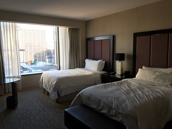 Four Seasons Hotel Denver: photo1.jpg