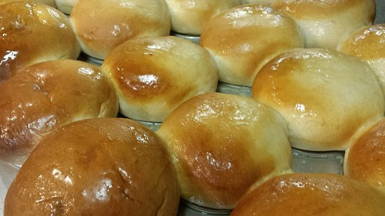 Columbus, MS : Homemade rolls fresh out of the oven!!!