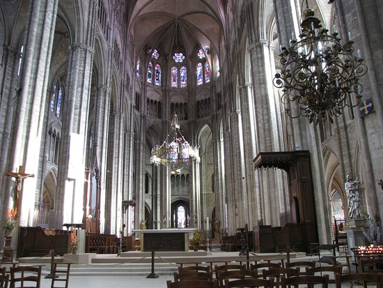 cathedrale st etienne interieur picture of cathedrale st etienne bourges tripadvisor. Black Bedroom Furniture Sets. Home Design Ideas