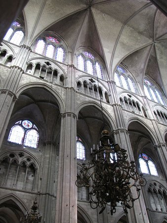 cathedrale st etienne interieur photo de cath drale saint tienne bourges tripadvisor. Black Bedroom Furniture Sets. Home Design Ideas