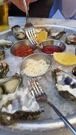 Gjelina: Oysters