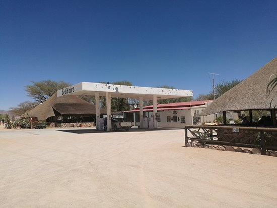 Solitaire bakery: Gas station in the middle of nowhere.