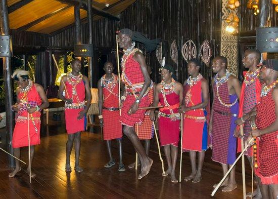 Fairmont Mara Safari Club: Evening entertainment