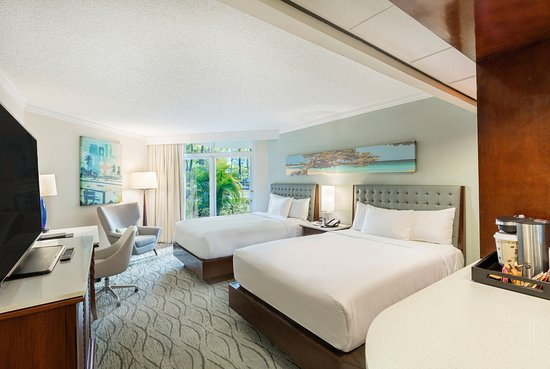 Hilton Aruba Caribbean Resort & Casino: Garden-View-Double-Beds-1