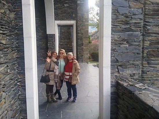 Meritxell, Andorra: la bajada yo con dos amigas