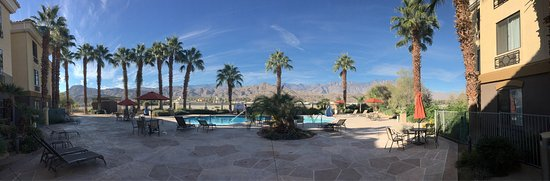 ‪‪Holiday Inn Express Cathedral City (Palm Springs)‬: photo1.jpg‬