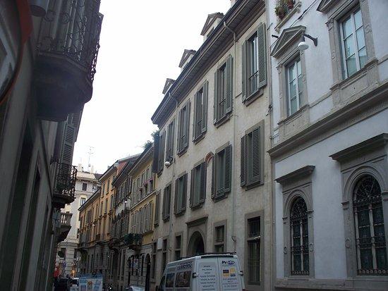 Palazzo Taverna Trivulzio
