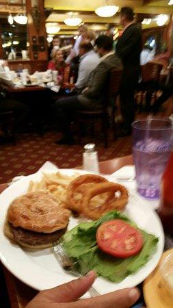 Marietta, GA: big juicy yummy burger