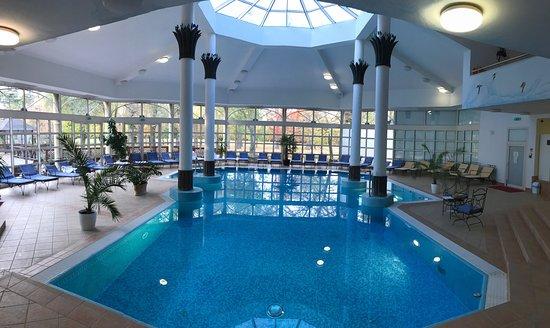 Rojtokmuzsaj, Hungary: The swimminf pool