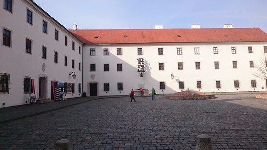 Brno, Czech Republic: Pátio interno do castelo