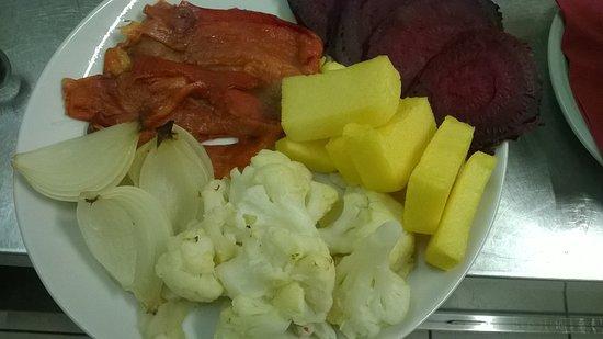 verdure cotte per bagna cauda - Picture of L\'armangia, Asti ...