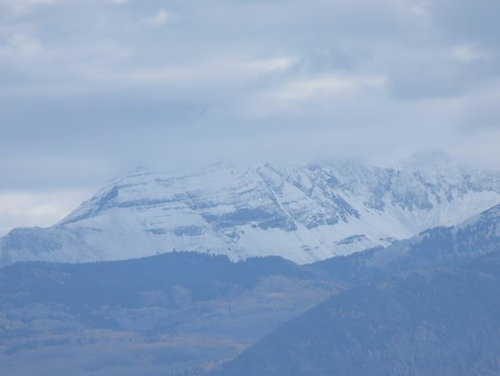 Mancos, CO: Early Snows in the Colorado Rockies