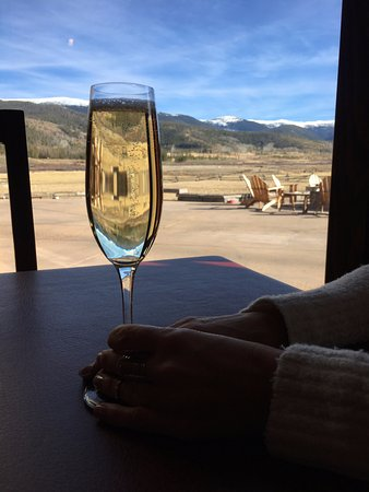 Tabernash, CO: bubbly with a view