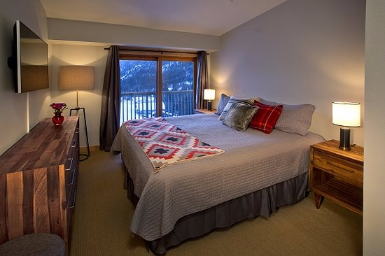 Edelweiss Lodge & Spa: Slope side Bedroom