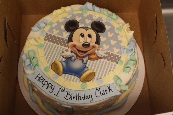 Saint Thomas, كندا: 1st Birthday Cake, Vanilla