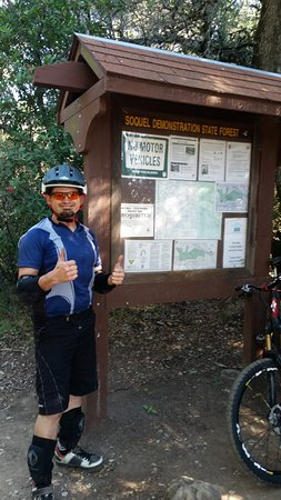 Cyclepath Outfitters : TONY