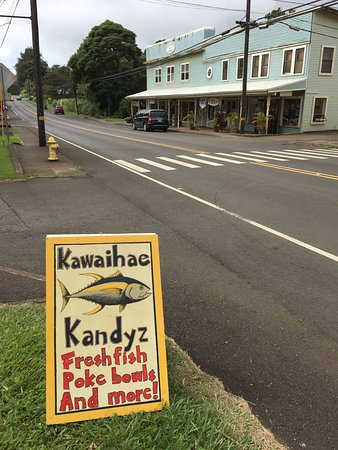 Kapaau, HI: Look for the sign!