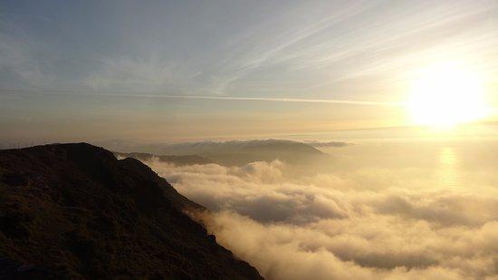 Cariño, España: Por encima de las nubes