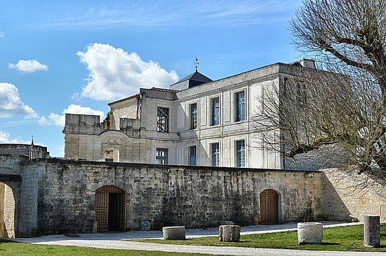 Villebois-Lavalette, France: Upper storeys from courtyard