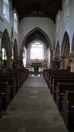Холт, UK: Inside the church