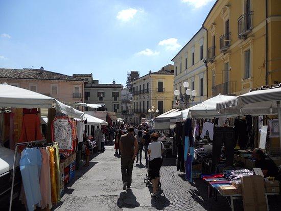 Penne, Italia: Saturday Market