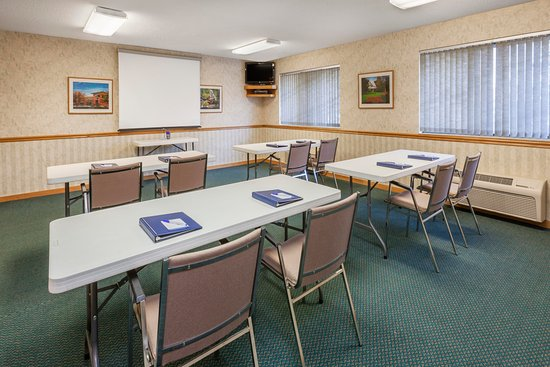 Baymont Inn & Suites Midland: Meeting Room