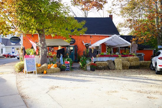 Mahone Bay, Canada: Outdoor Dining