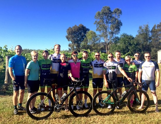 Broke, Australia: Group photo before our ride