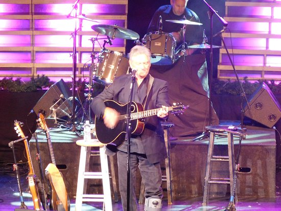 Dick Clark's American Band Stand Theater: Larry Gatlin