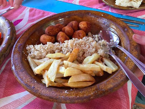 Tinejdad, Marruecos: Our appetizer