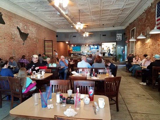 Aubrey, TX: Quaint dining area