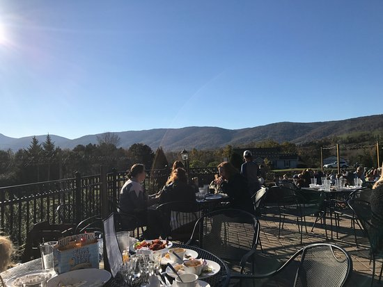 Afton, Wirginia: View from the patio as we ate